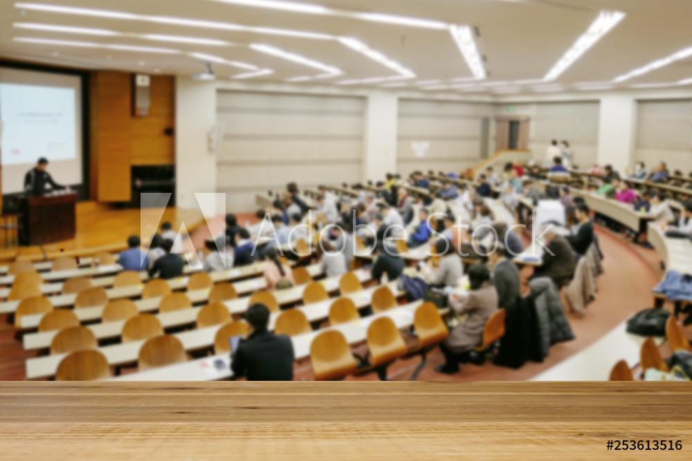 Khoa tiếng NhậtのĐối với các toàn bộ khoa , những buổi đại hội thể thao sẽ giúp các bạn hoạt động một cách tích cực làm nổi bật tính cách.