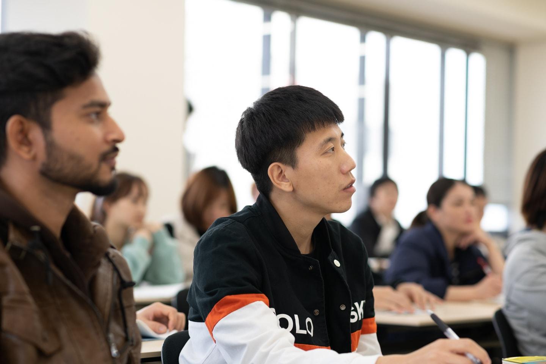 広島国際ビジネスカレッジ|国際通訳ビジネス学科