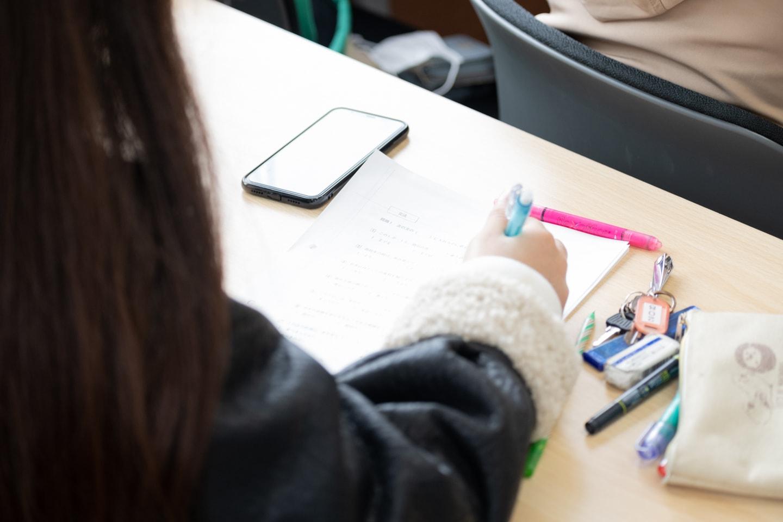 日本語学科|四技能(読む・聞く・話す・書く)をバランスよく強化する